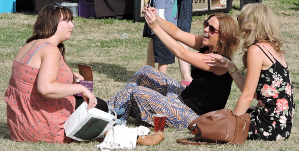 Selfie-mania: come usarla a proprio vantaggio?