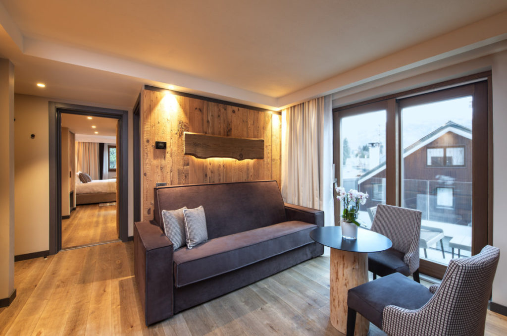 Le Massif: Suite & Deluxe Connecting Rooms